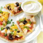 Pizza de pollo con fríjoles
