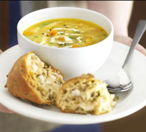 sopa de pollo asado